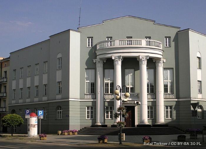 Radom: Powiatowy Urząd Pracy w Radomiu zdecydowanie przyspieszył z pomocą dla przedsiębiorców